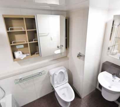 bathroom for post